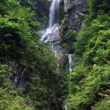 司空山北山瀑布