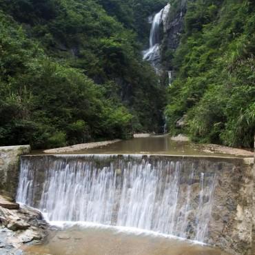 中心村水景